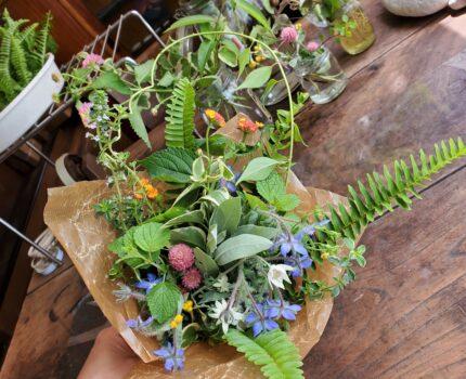 ハーブの花束作り。あなたが自然体なのはどんな時ですか??